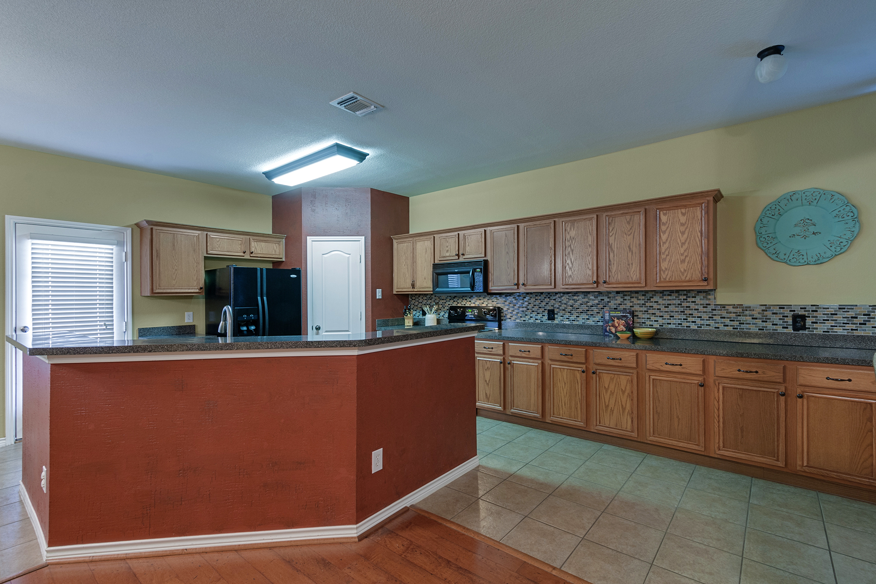 11636 maddie ave open house in keller isd minteer for Kitchen cabinets 76244